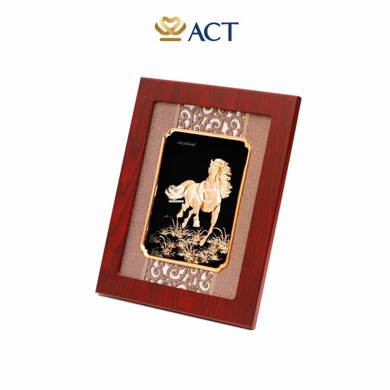 tranh ngựa vàng phong thủy