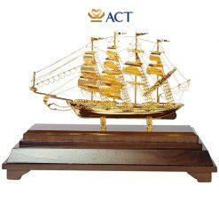 thuyền buồm mạ vàng M55